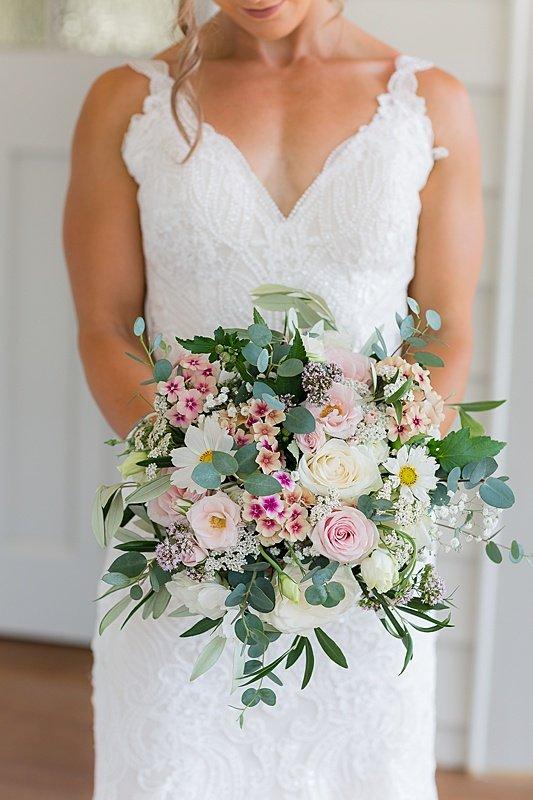 central-hawkes-bay-wedding-wallingford-chelsea-pedram-032