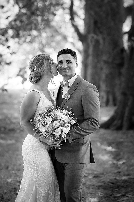 central-hawkes-bay-wedding-wallingford-chelsea-pedram-066